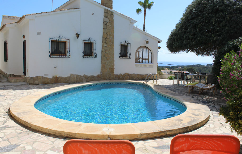 Casa Oliva 4, Beautiful and comfortable villa in Moraira, on the Costa Blanca, Spain  with private pool for 4 persons...
