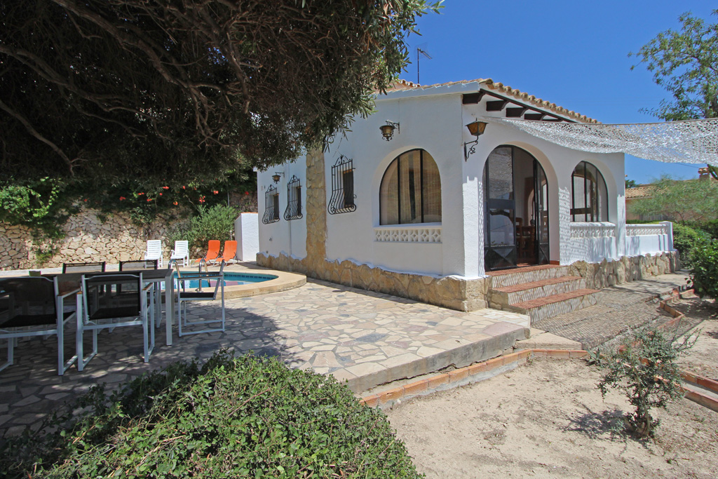 Casa Oliva LT, Beautiful and comfortable villa  with private pool in Moraira, on the Costa Blanca, Spain for 6 persons.....