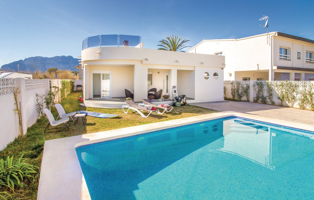 Villa Deva, Modern and comfortable villa in Denia, on the Costa Blanca, Spain  with private pool for 8 persons.....