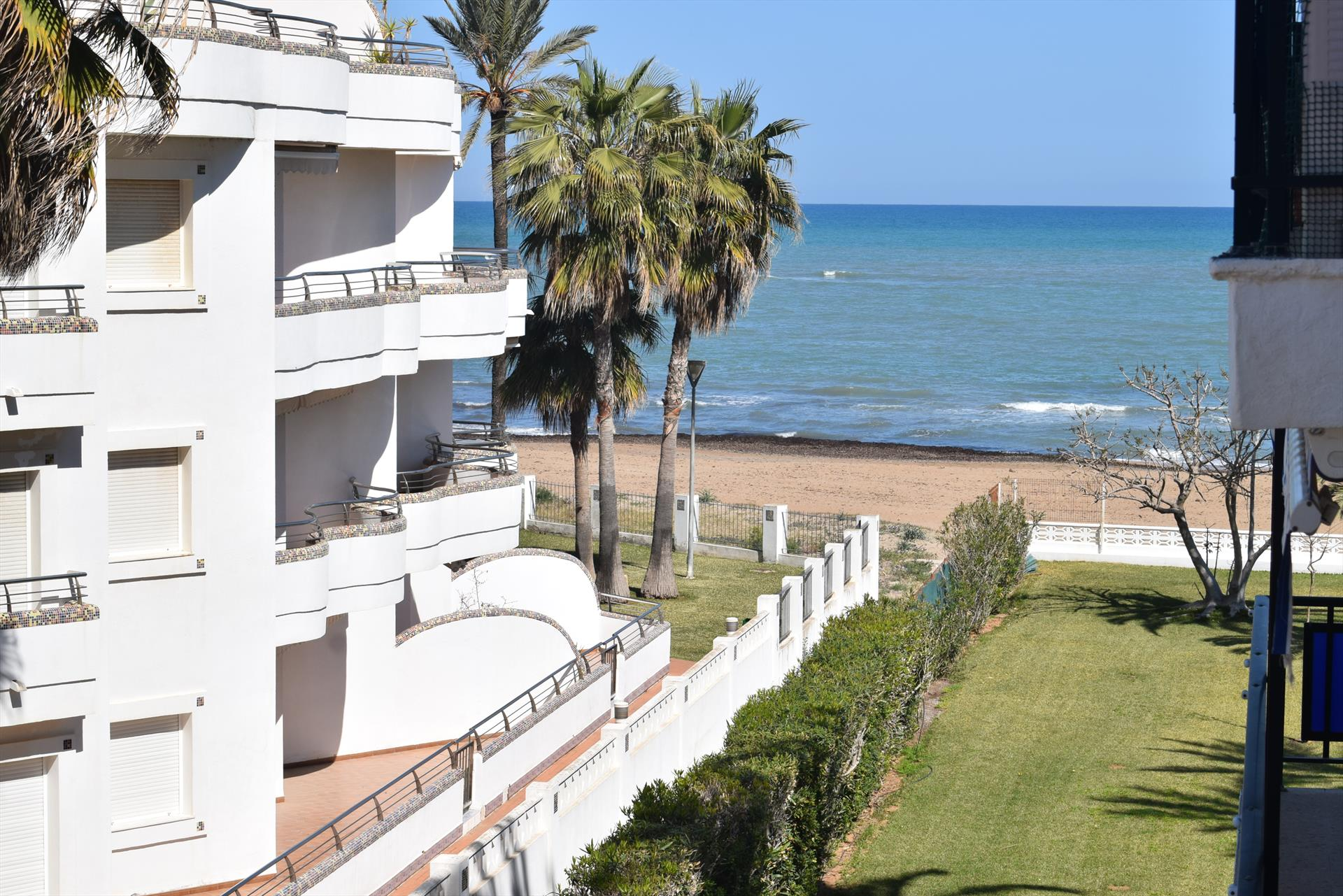 AP3207 La Naranja Les Marines, Wonderful and cheerful apartment in Denia, on the Costa Blanca, Spain for 6 persons.....