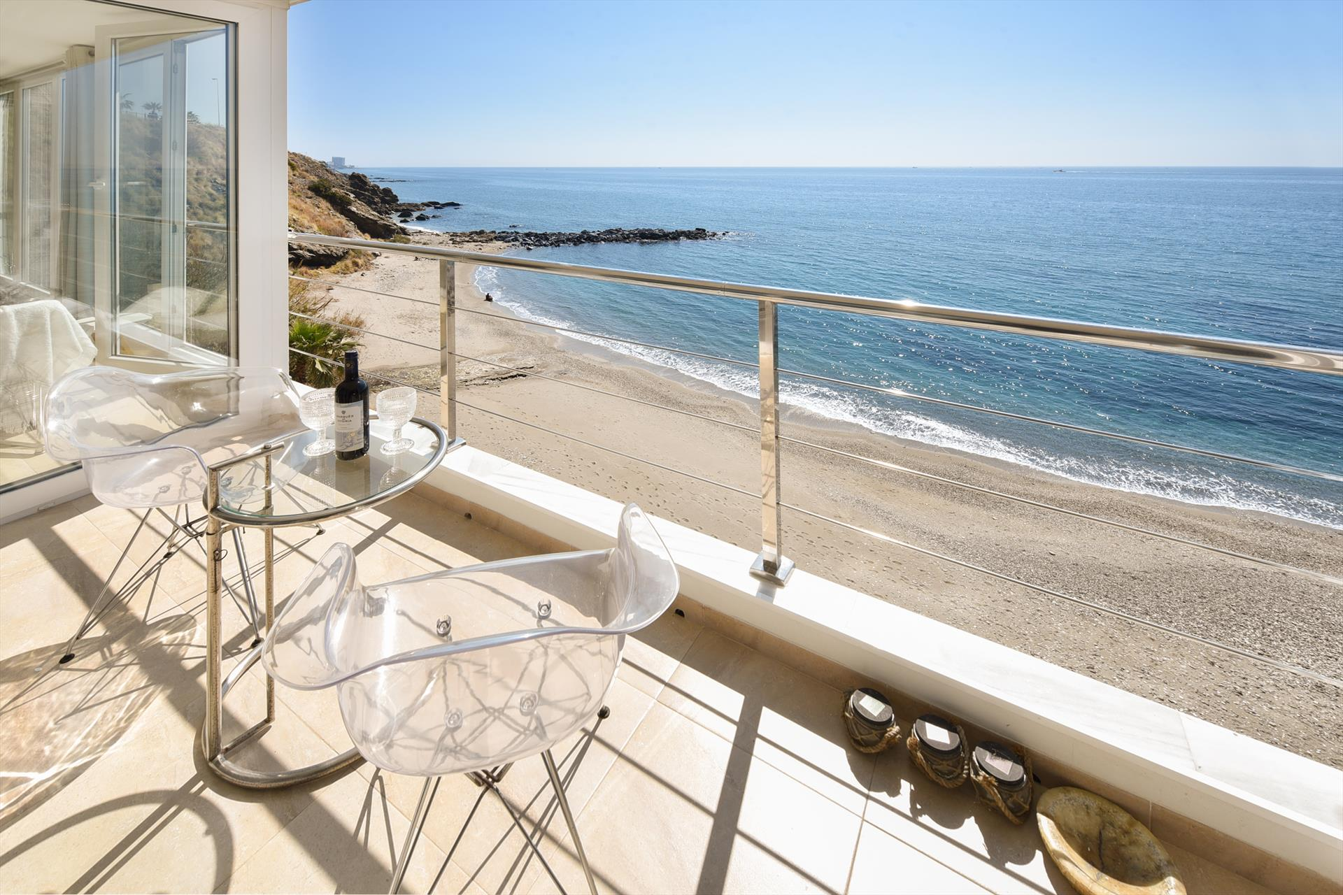 Perla Playa, Beautiful and comfortable apartment in Benalmádena, Andalusia, Spain for 4 persons.....