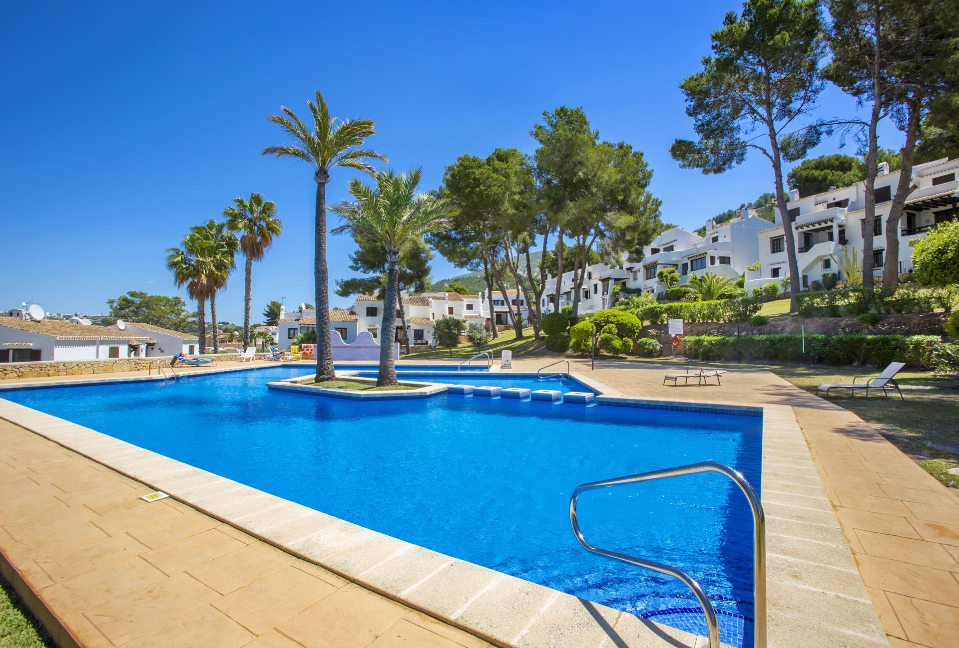 Hendrico, Comfortable holiday home  with communal pool in Moraira, on the Costa Blanca, Spain for 6 persons.....