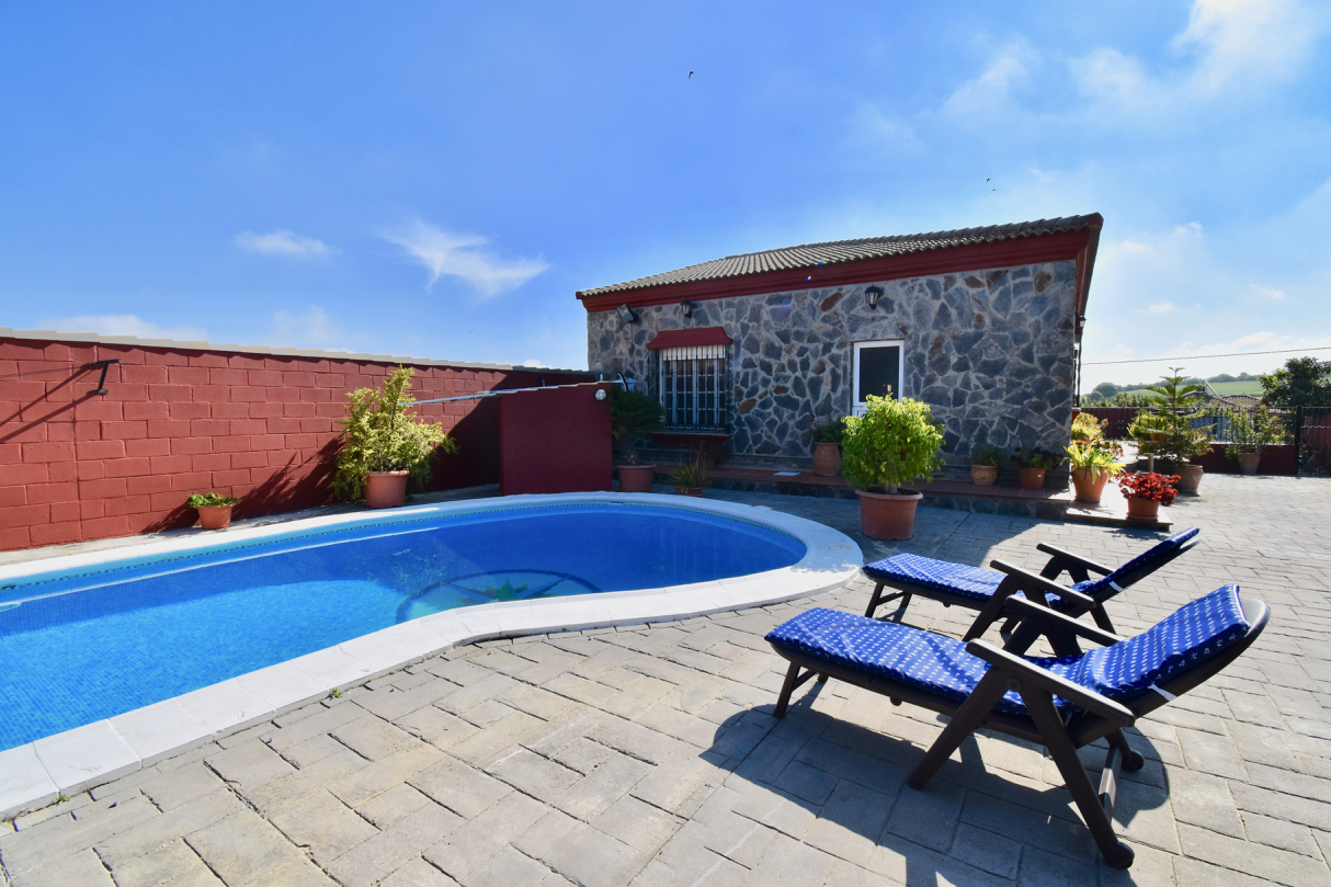 Maria, Villa in Chiclana de la Frontera, Andalusia, Spain  with private pool for 10 persons.....