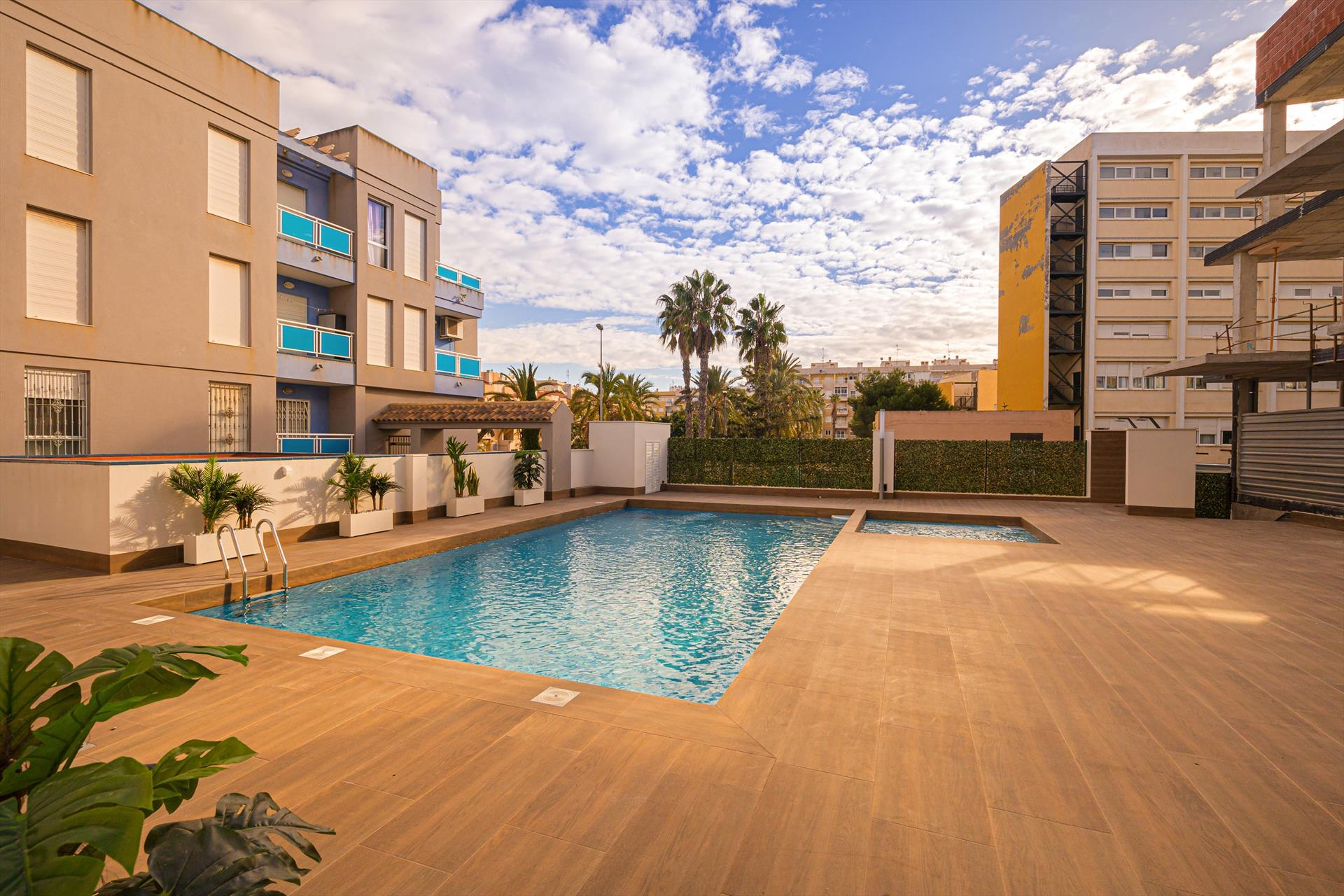 Cibeles, Modern apartment  with communal pool in Torrevieja, on the Costa Blanca, Spain for 4 persons.....