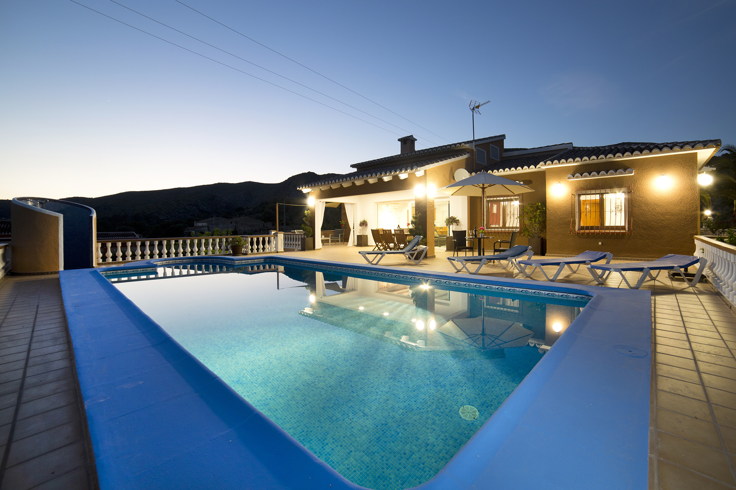 Casa Luci 8 pax, Large and classic villa  with private pool in Teulada, on the Costa Blanca, Spain for 8 persons...