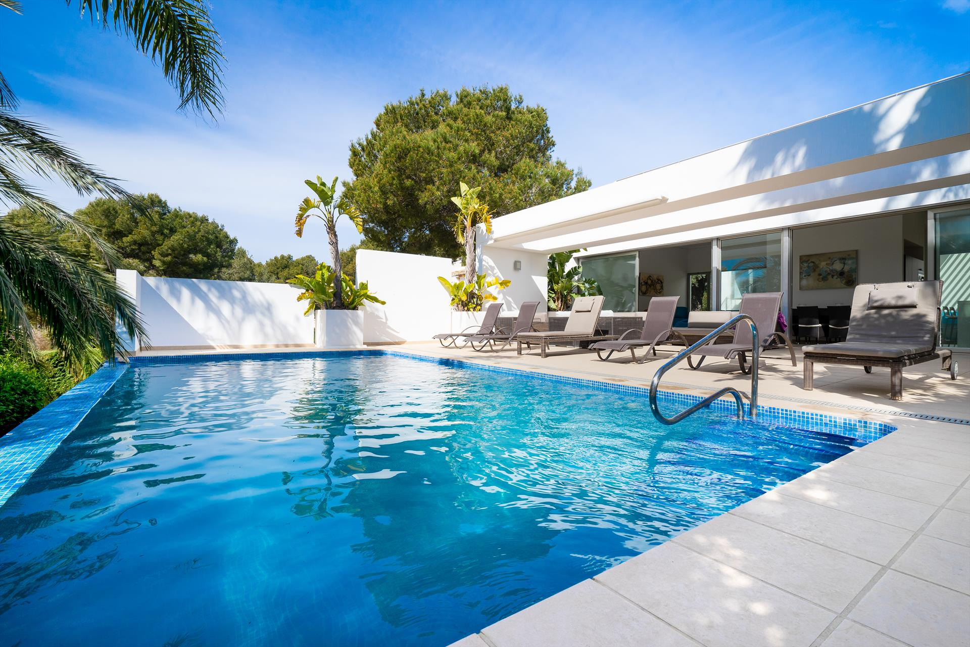 Casa Elche 4 pax, Modern and nice villa in Javea, on the Costa Blanca, Spain  with heated pool for 4 persons.....