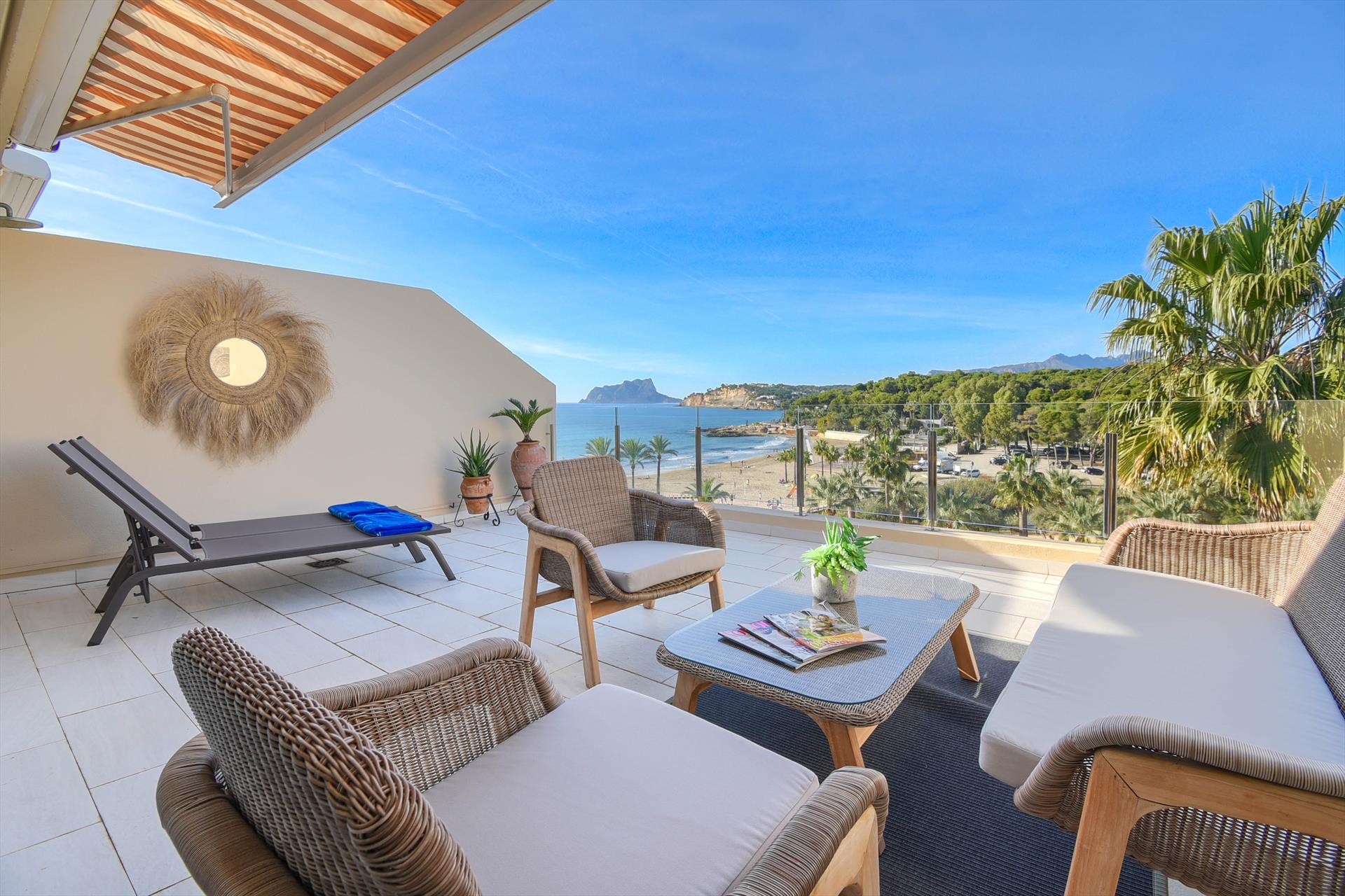 El Senillar, Large and nice apartment in Moraira, on the Costa Blanca, Spain for 4 persons.....
