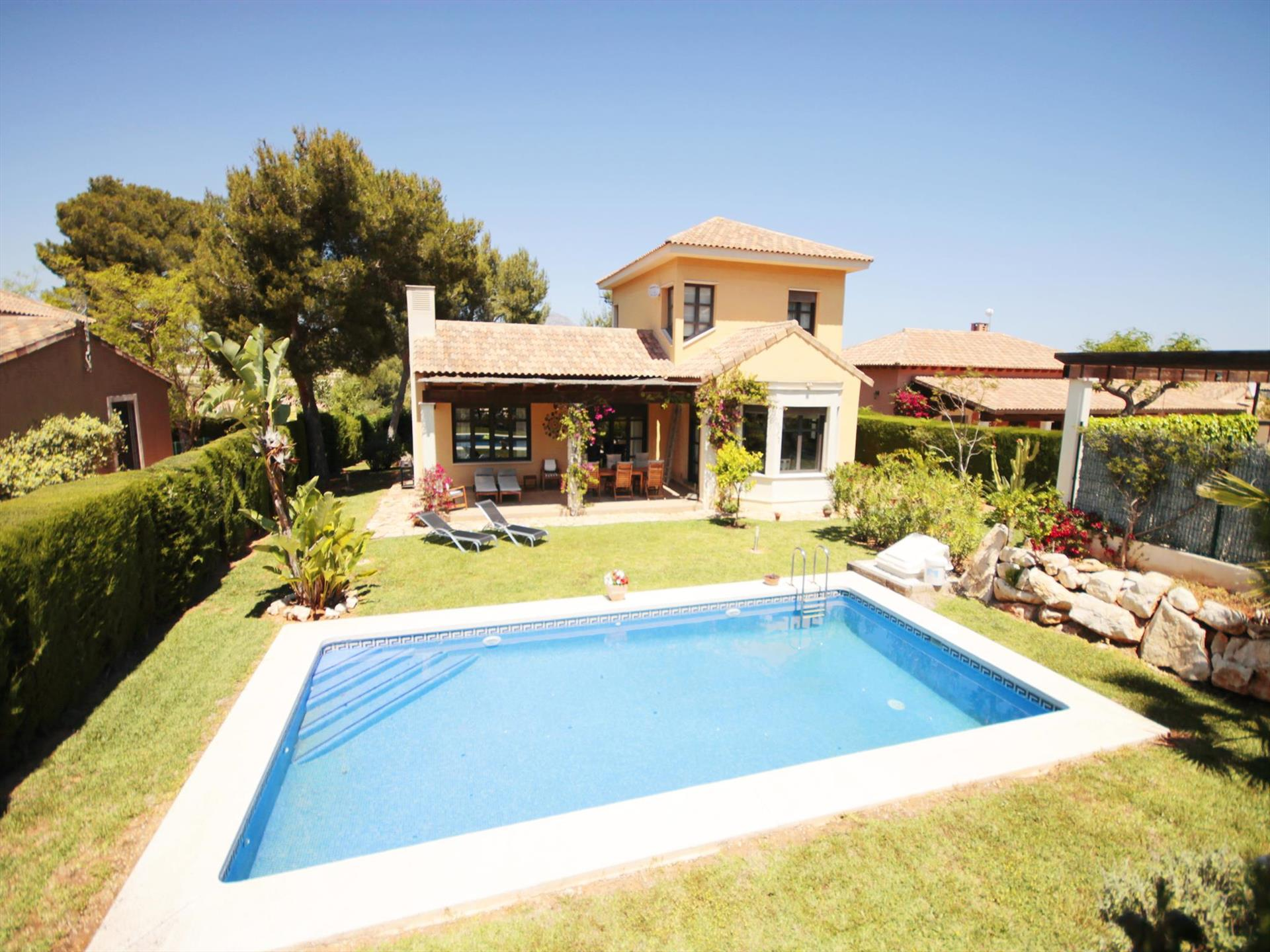HESKO, Wonderful and romantic luxury villa in Javea, on the Costa Blanca, Spain  with private pool for 7 persons...