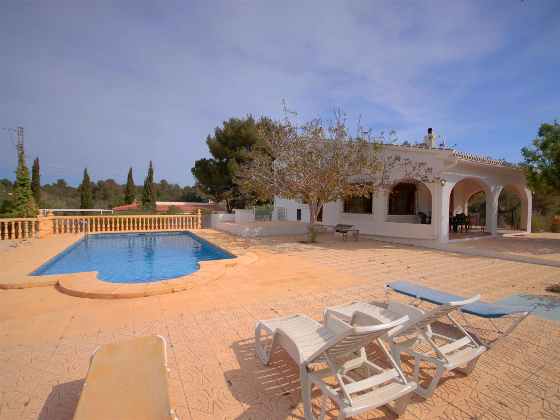 CERVERETA,Large and comfortable villa in Javea, on the Costa Blanca, Spain  with private pool for 8 persons.....