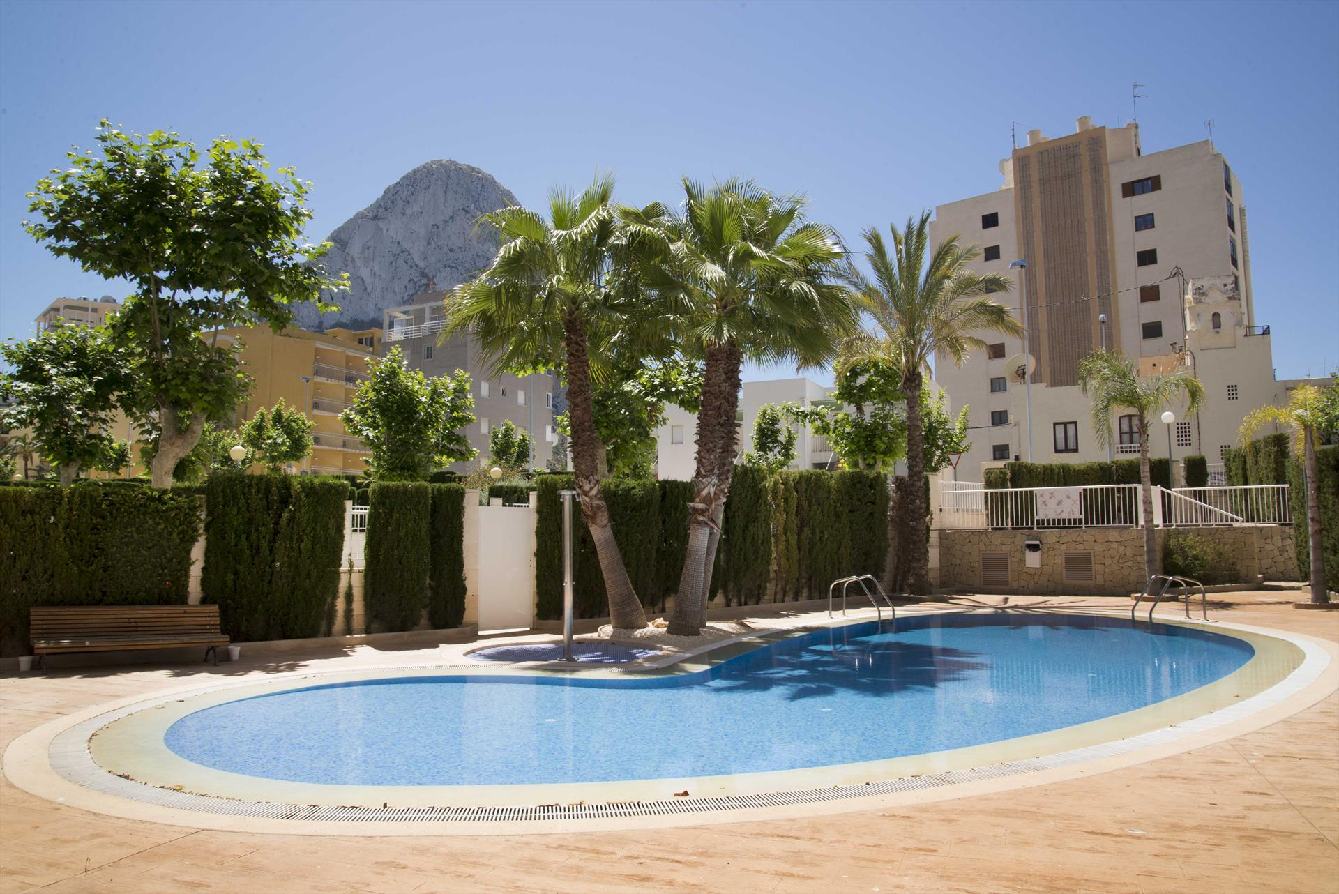 Estudio Apolo XIX 21R, Comfortable apartment  with communal pool in Calpe, on the Costa Blanca, Spain for 2 persons.....