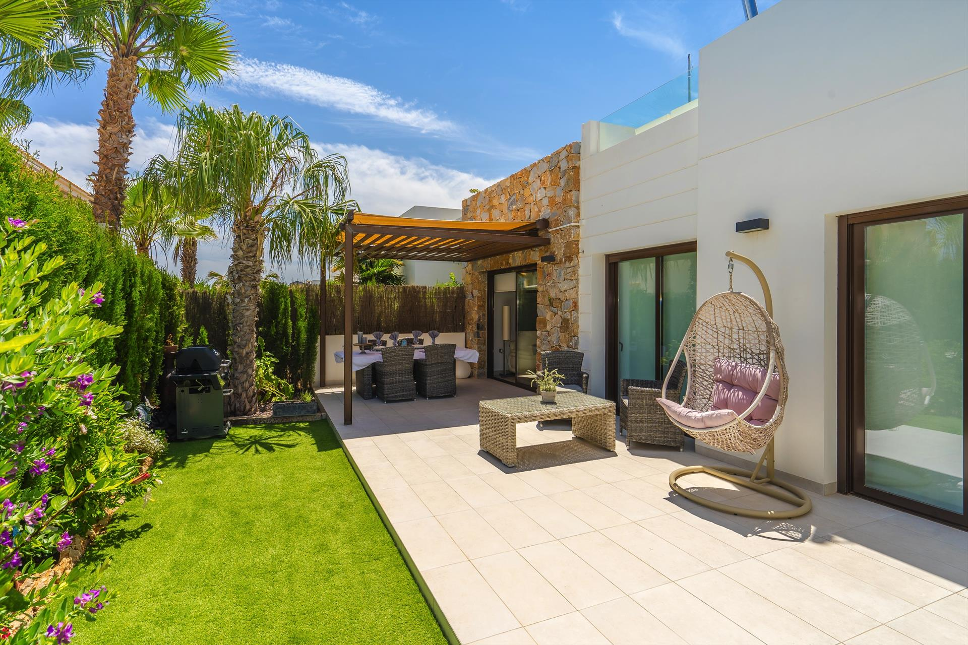 Hibiscus,Wonderful and  luxury villa  with private pool in Orihuela Costa, on the Costa Blanca, Spain for 4 persons.....