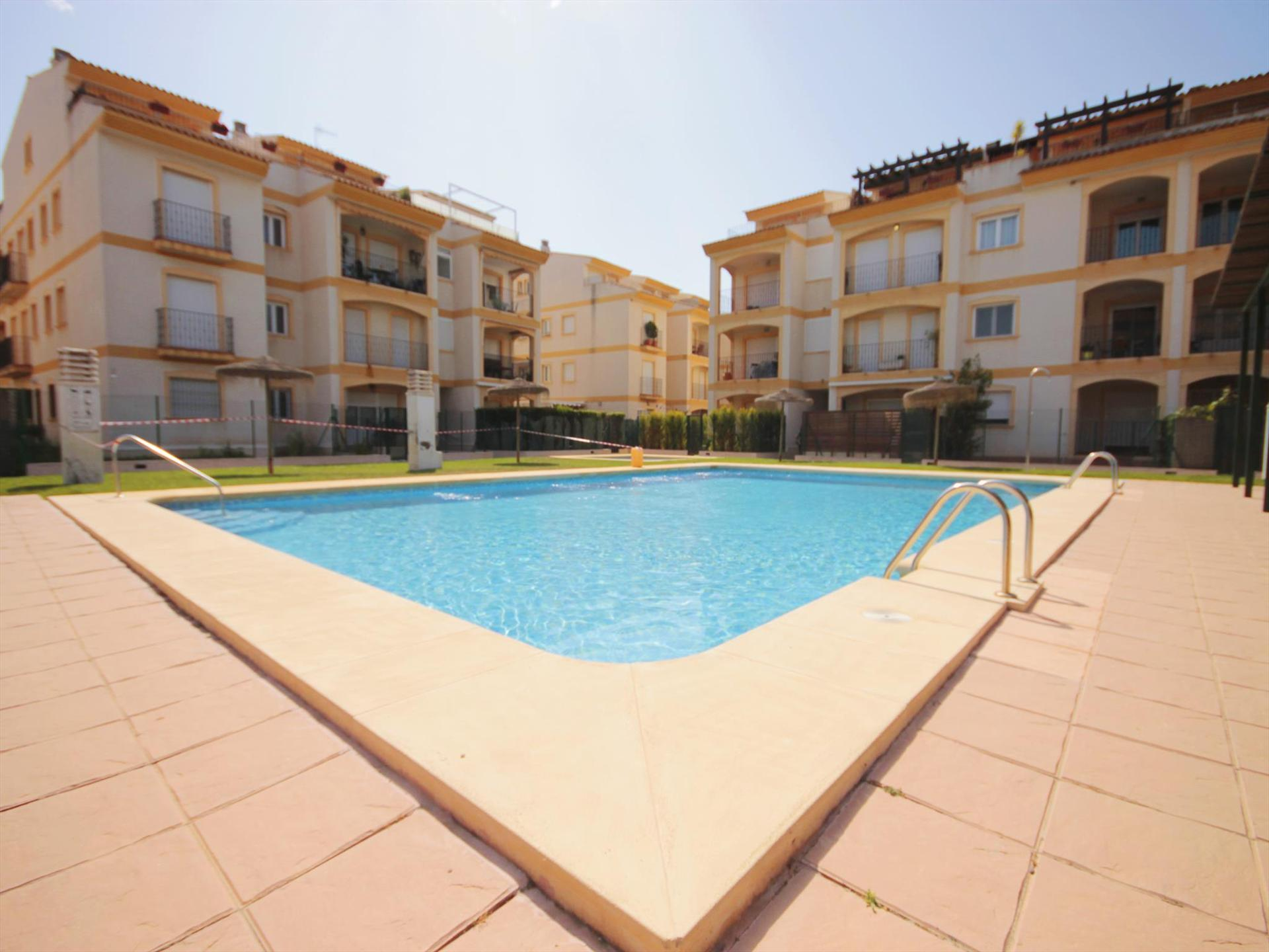 AUGUSTA 1, Modern and comfortable apartment in Javea, on the Costa Blanca, Spain for 6 persons.....