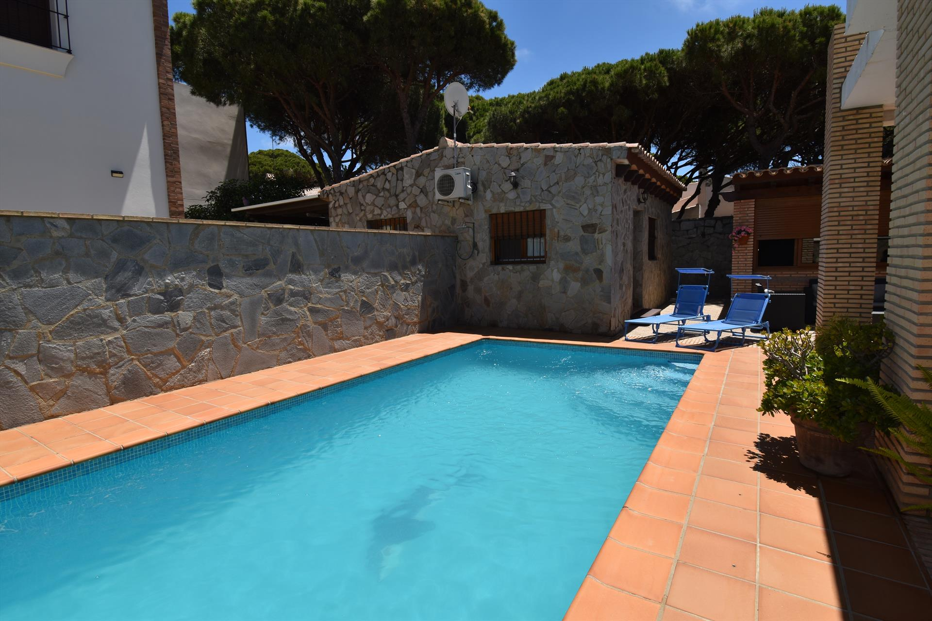 La Barrosa 147, Villa  with private pool in Chiclana de la Frontera, Andalusia, Spain for 4 persons.....