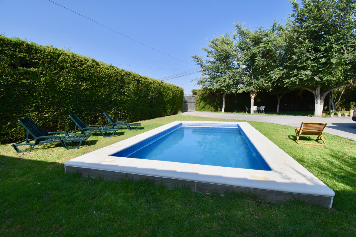 Punta Tarifa, Villa  with private pool in Chiclana de la Frontera, Andalusia, Spain for 10 persons.....