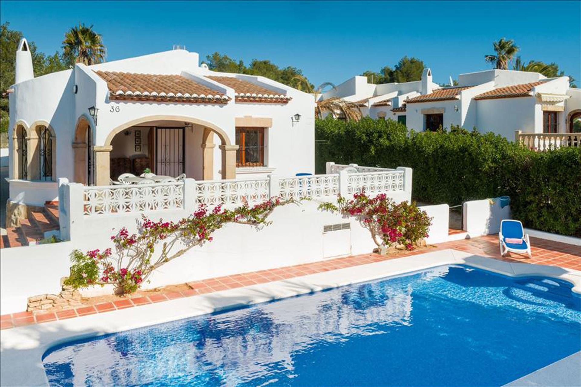 FINTAN, Beautiful and comfortable villa in Javea, on the Costa Blanca, Spain  with private pool for 8 persons.....