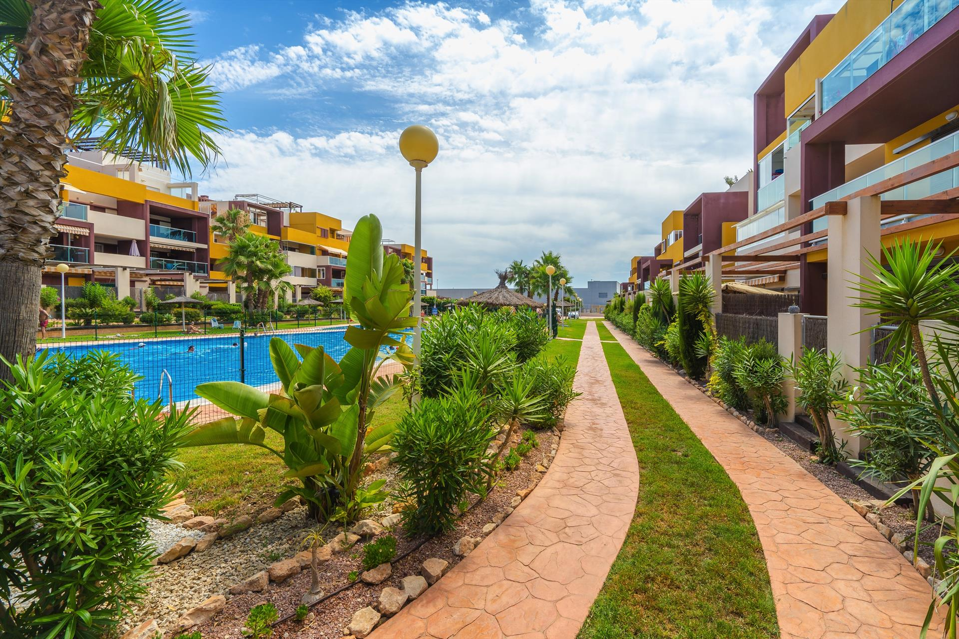 El Bosque,Lovely apartment in Orihuela Costa, on the Costa Blanca, Spain  with communal pool for 4 persons.....