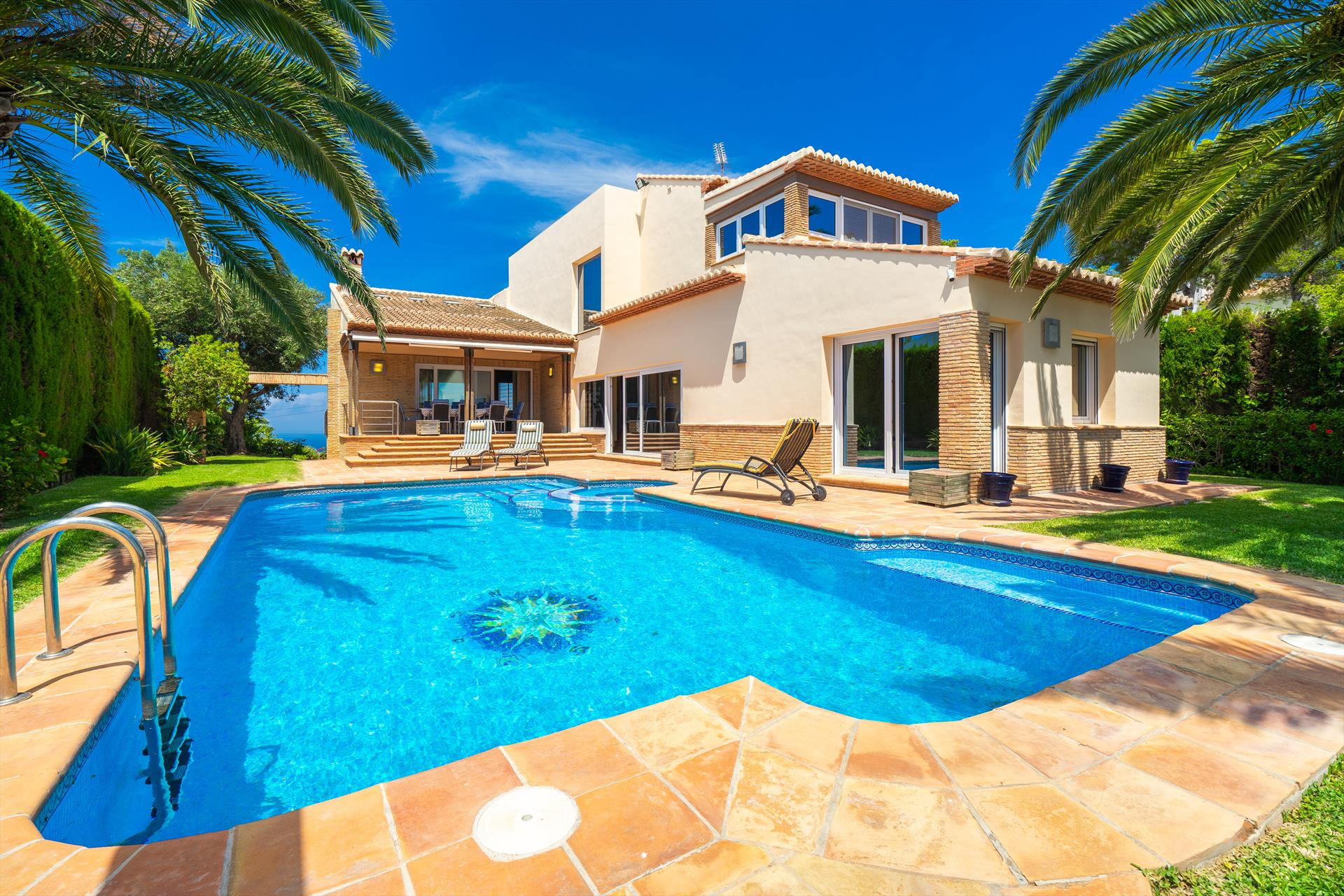 Roget, Large and romantic villa  with private pool in Javea, on the Costa Blanca, Spain for 8 persons...