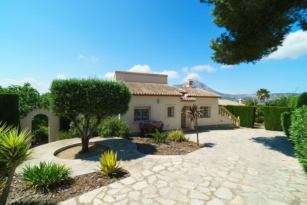 Casa Rio 4 pax, Large and nice villa in Javea, on the Costa Blanca, Spain  with heated pool for 4 persons.....