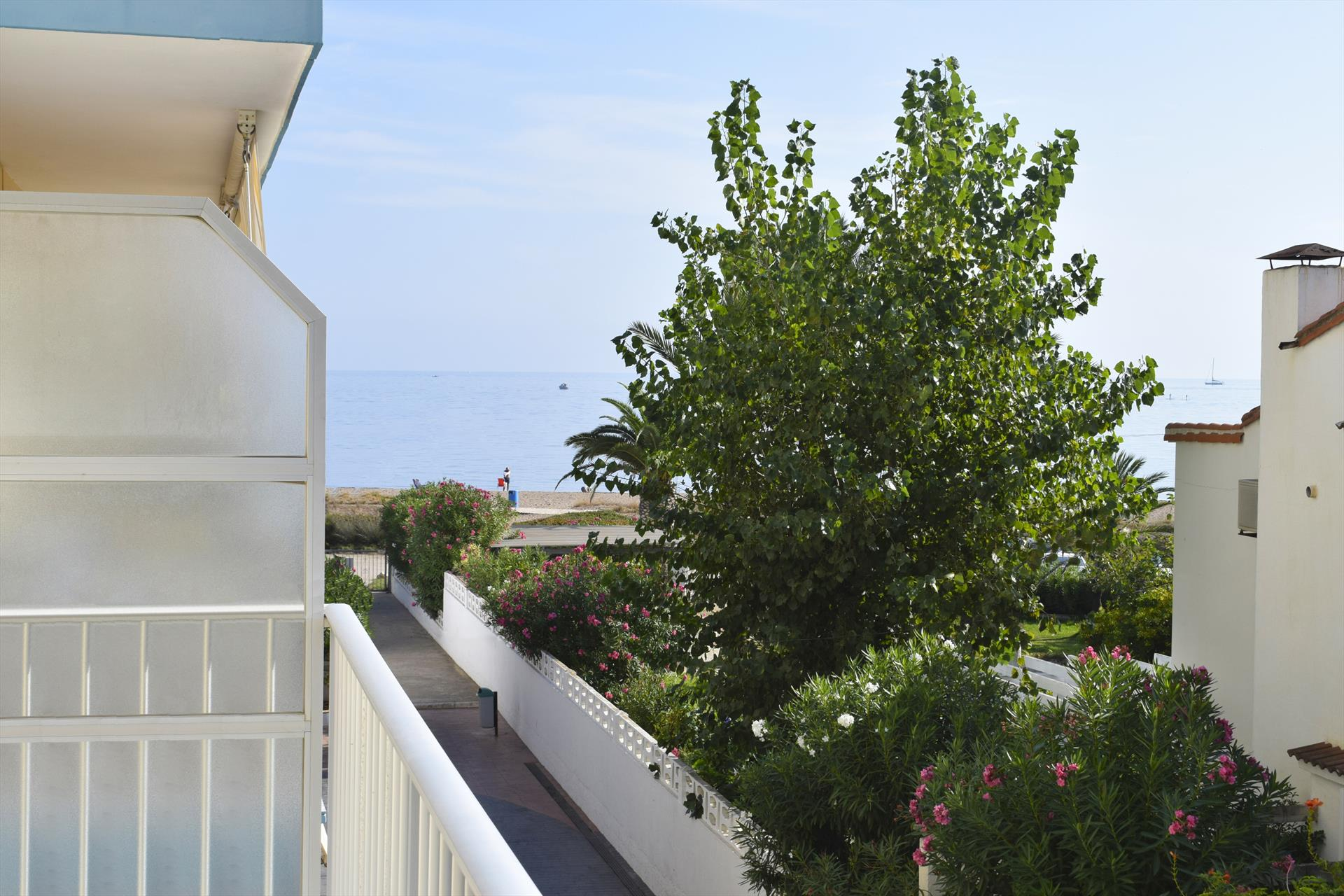AP2133 Hipocampo Les Marines, Beautiful and classic apartment in Denia, on the Costa Blanca, Spain for 4 persons.....