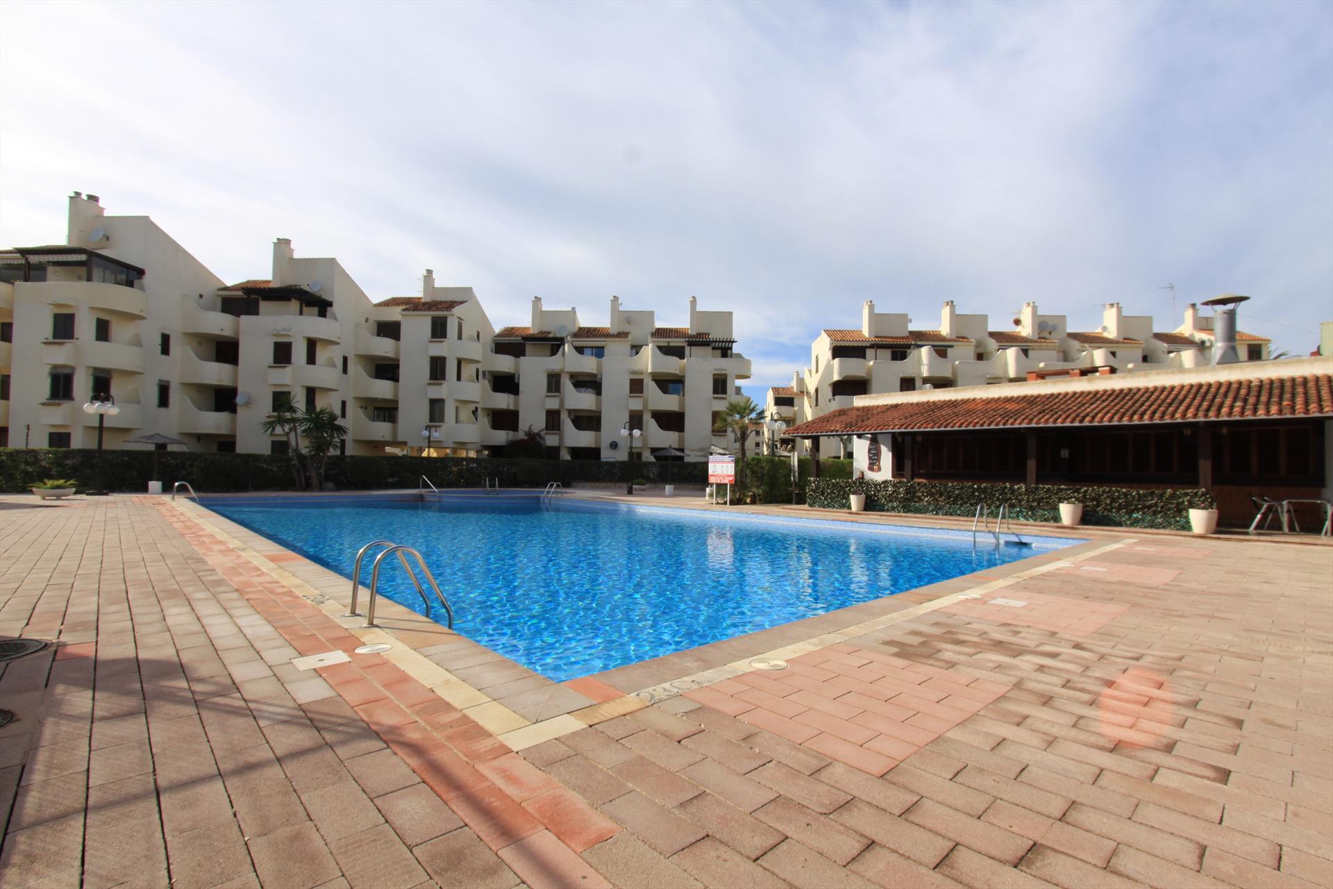 La felicidad apartamento,Appartement  met gemeenschappelijk zwembad in Denia, aan de Costa Blanca, Spanje voor 4 personen...