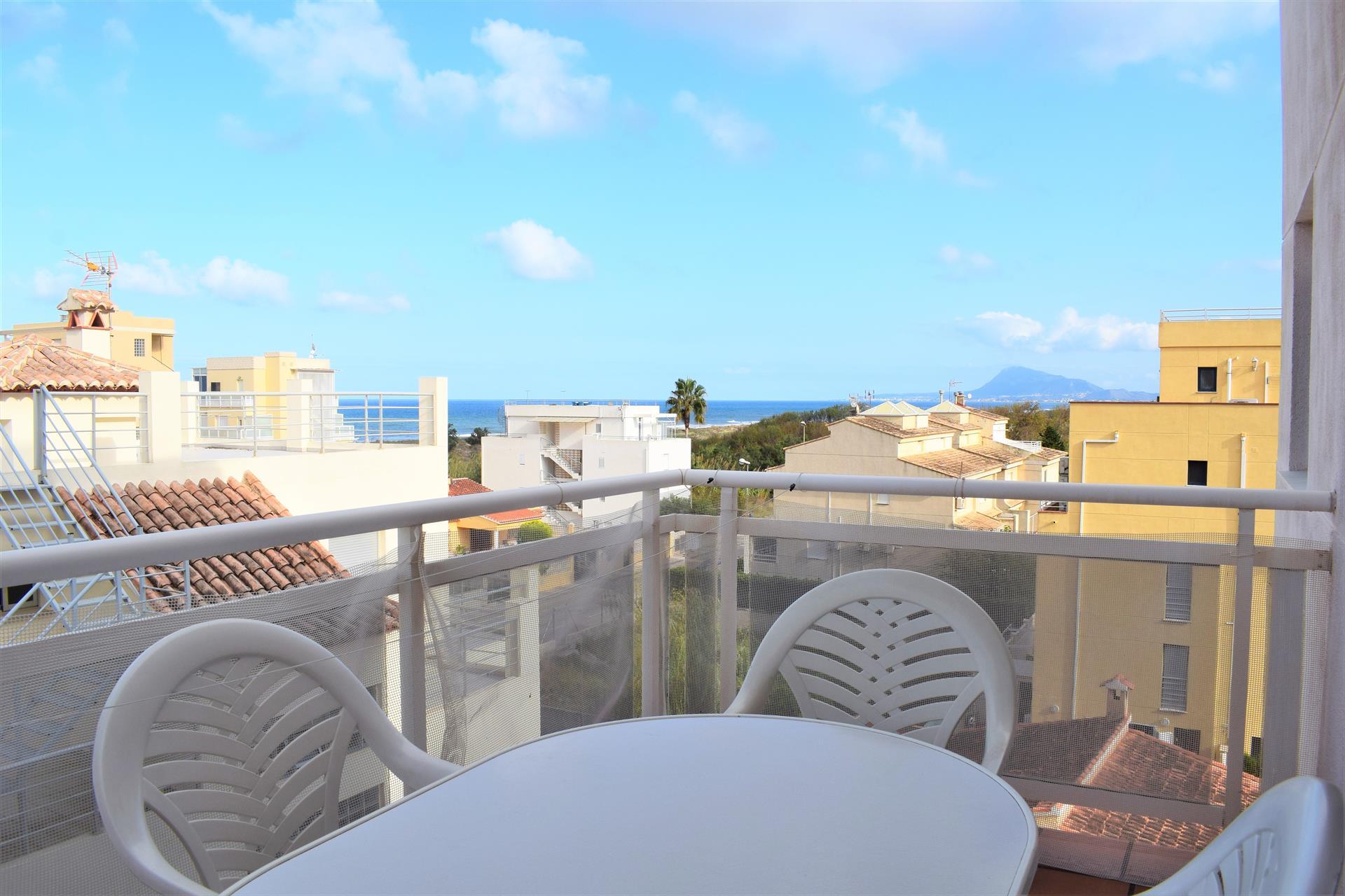 AP348 Sector 5 illa de Gerba,Bel appartement confortable  avec piscine communale à Oliva, sur la Costa Blanca, Espagne pour 4 personnes.....