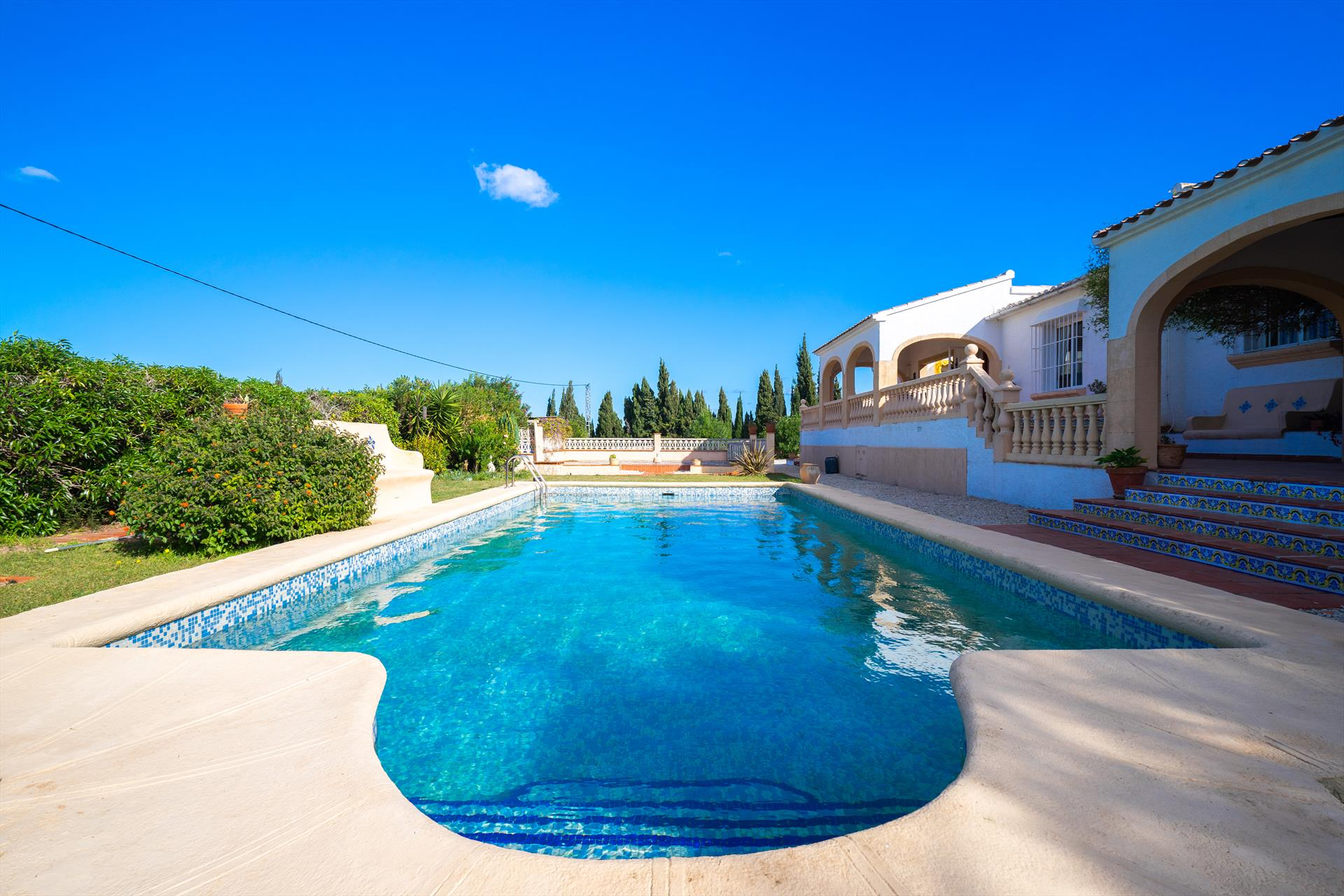 Ta Ona, Large and nice holiday home  with private pool in Benitachell, on the Costa Blanca, Spain for 6 persons.....