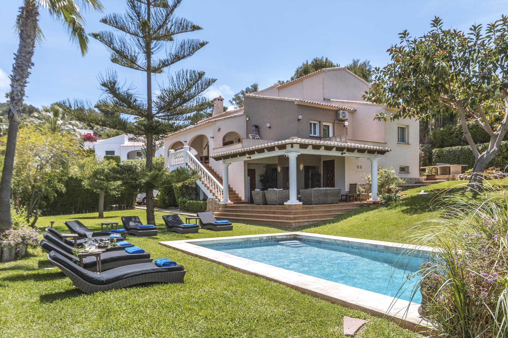 Belleza 12, Large and luxury villa  with private pool in Javea, on the Costa Blanca, Spain for 12 persons.....