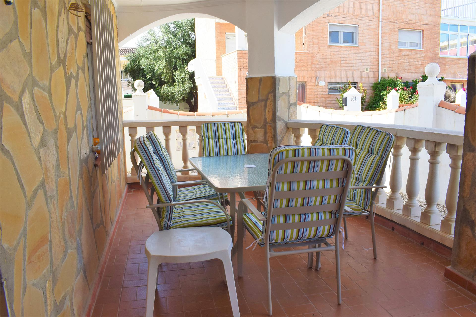 CH302 Codonyer Kiko Playa, Beautiful and comfortable holiday house in Oliva, on the Costa Blanca, Spain for 6 persons.....