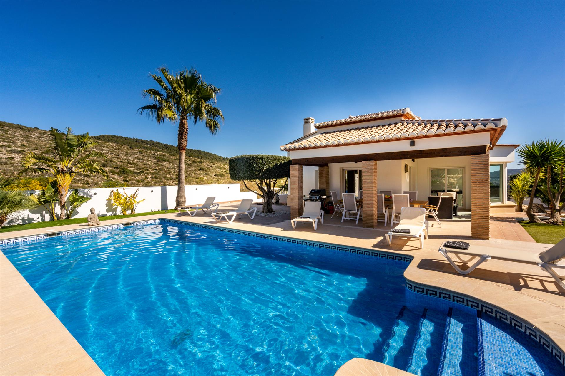 Frederique, Large and comfortable holiday home  with private pool in Benitachell, on the Costa Blanca, Spain for 6 persons.....