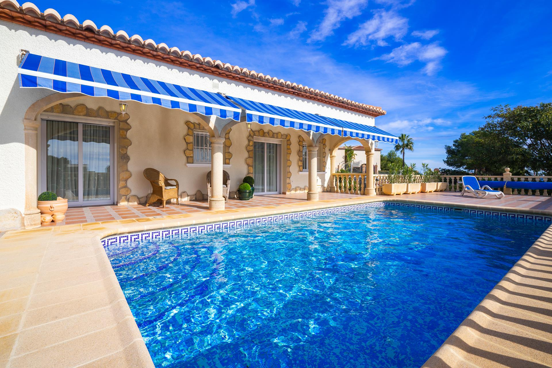 Limone, Modern and comfortable villa  with private pool in Javea, on the Costa Blanca, Spain for 6 persons.....