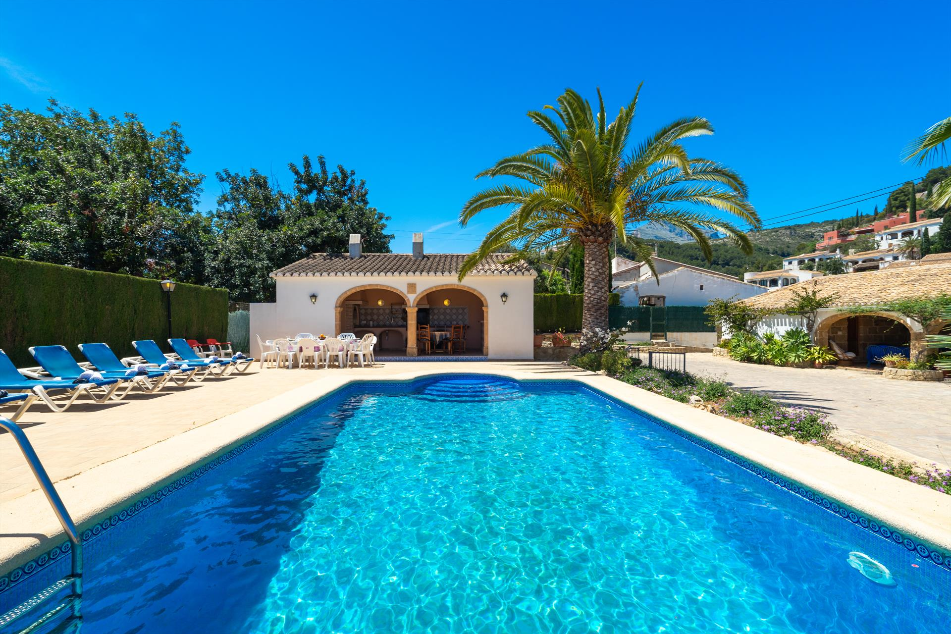 Casa Puri 8, Large and comfortable villa  with private pool in Javea, on the Costa Blanca, Spain for 8 persons.....