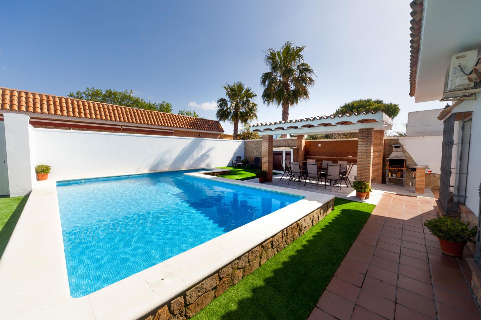 El Molino,Villa comfortable  avec piscine privée à Chiclana de la Frontera, Andalousie, Espagne pour 10 personnes.....