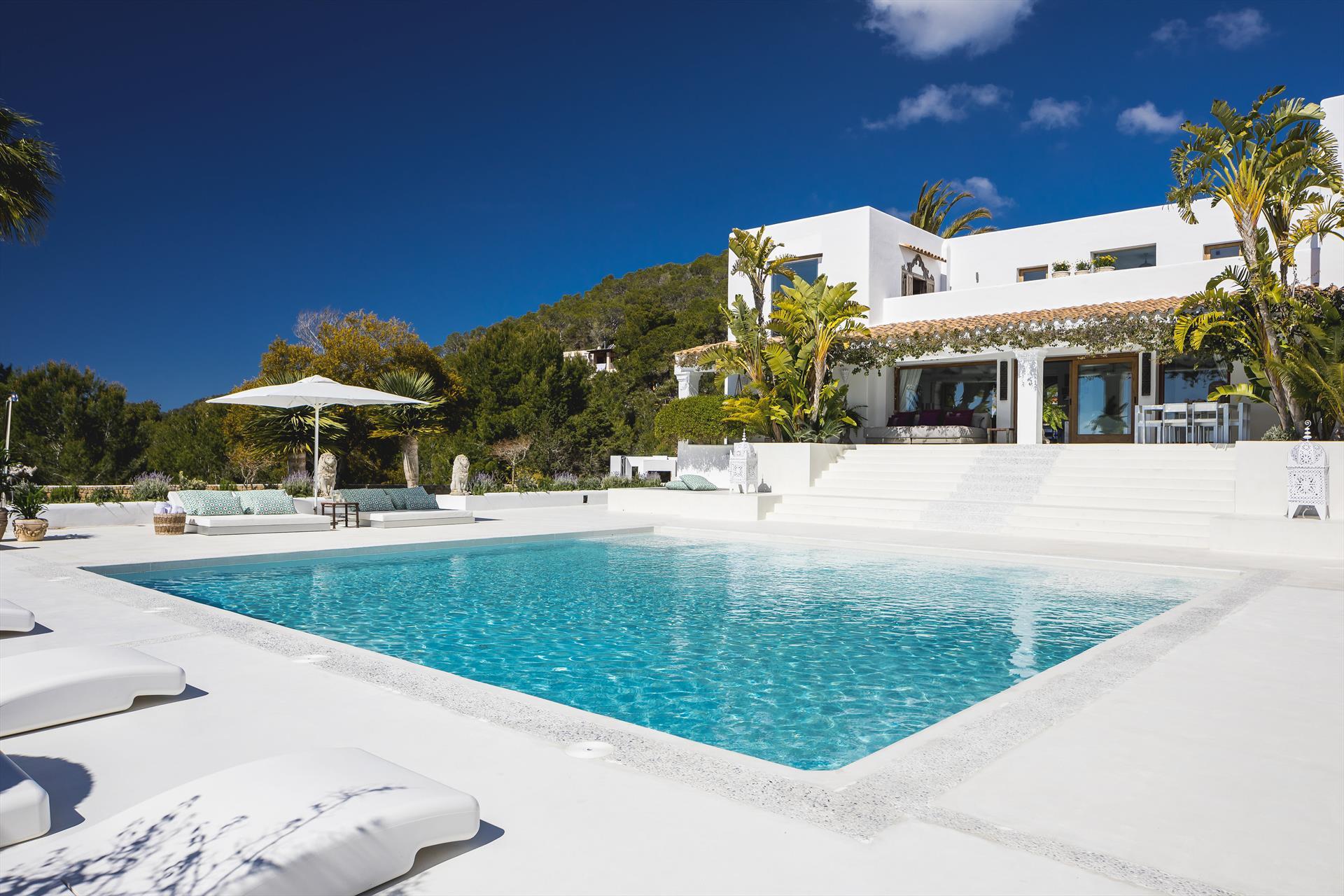 Villa Canta,Luxe villa in San Jose, op Ibiza, Spanje  met privé zwembad voor 12 personen...