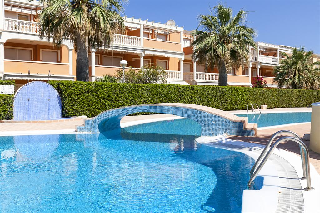 AP2134 Estrella Blanca Les Marines,Wonderful and comfortable apartment in Denia, on the Costa Blanca, Spain  with communal pool for 4 persons.....