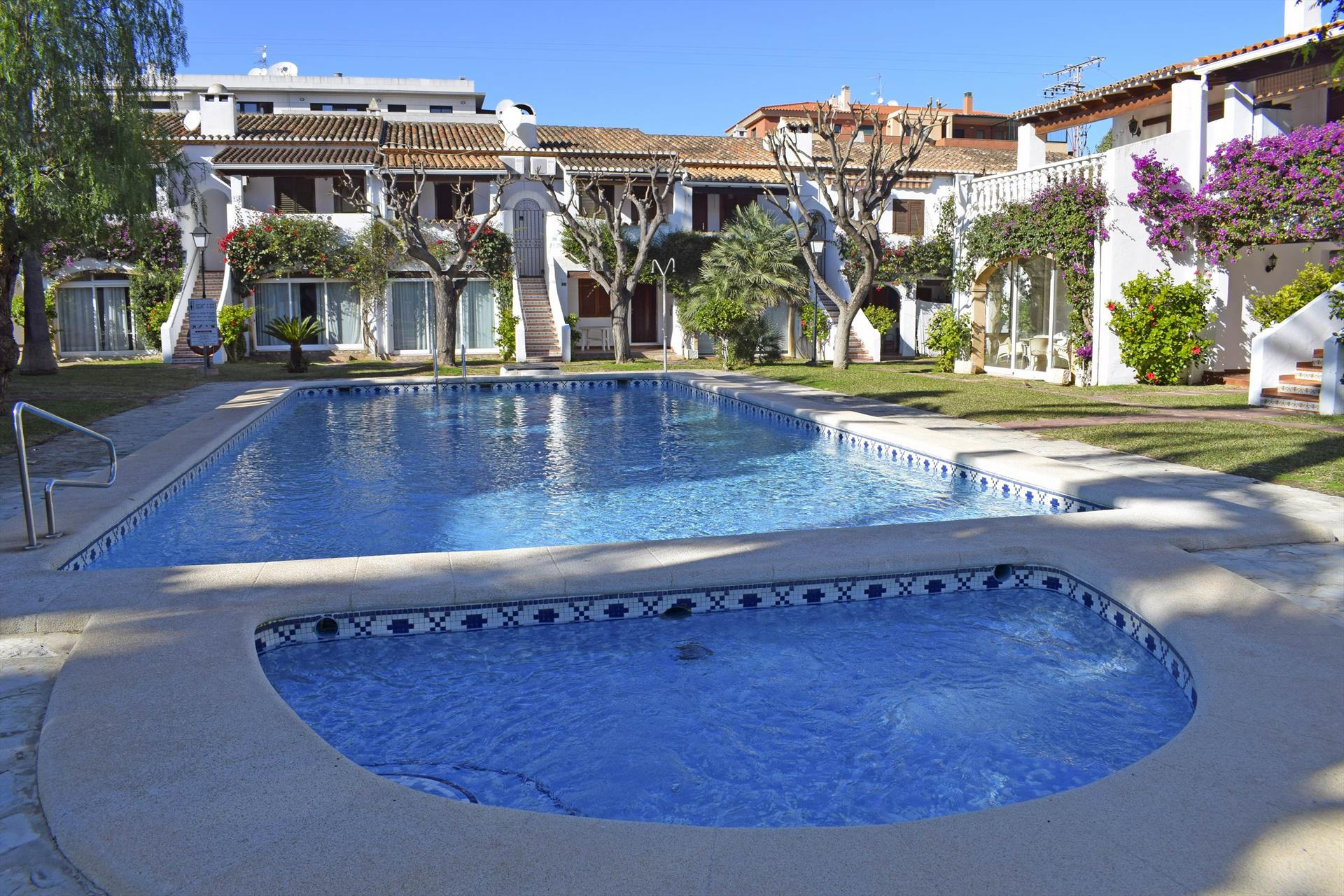 AP1116 Tropicana Park IV Marineta, Beautiful and comfortable apartment in Denia, on the Costa Blanca, Spain  with communal pool for 4 persons.....