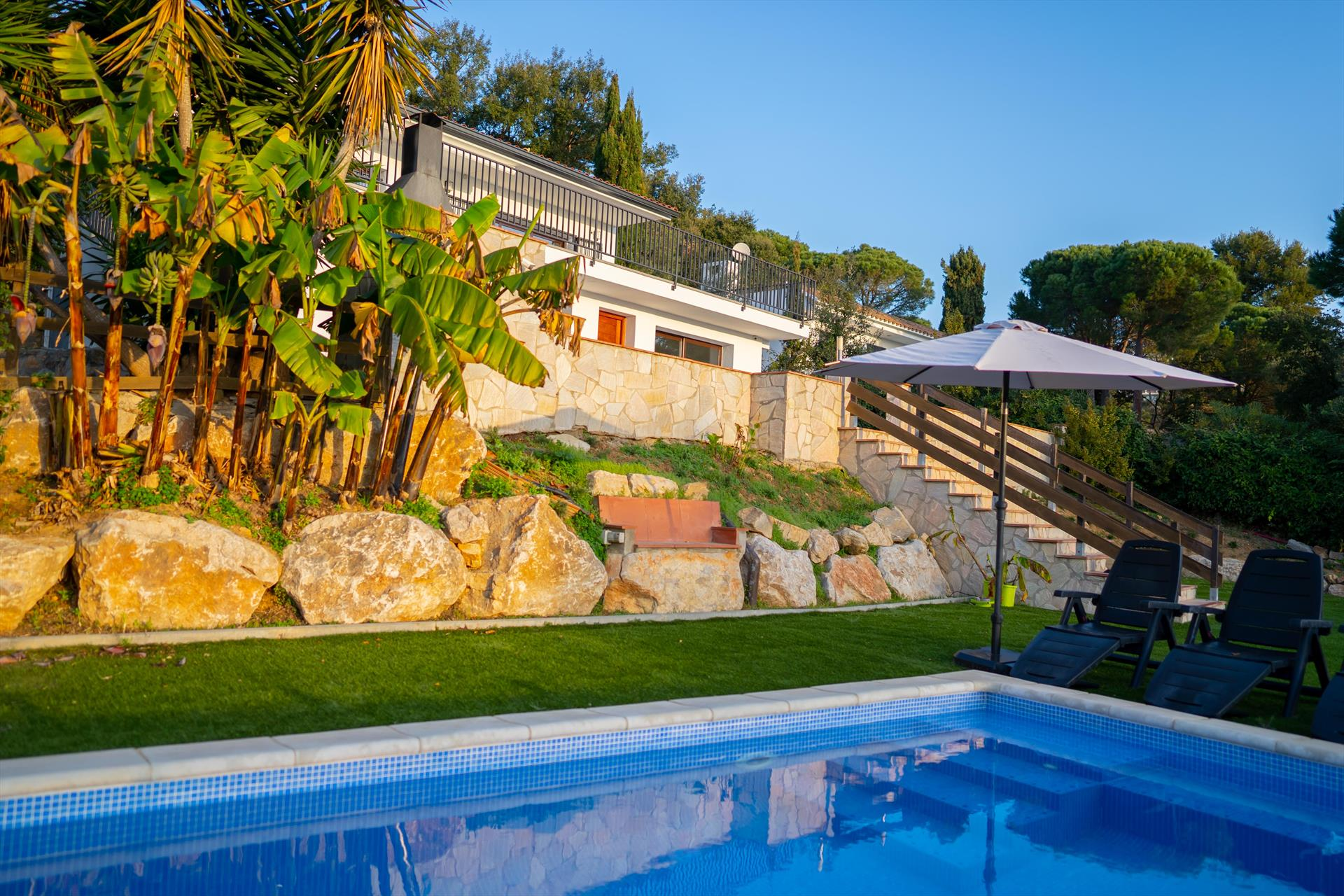 Villa zen, Villa  with private pool in Calonge, Catalonia, Spain for 8 persons...