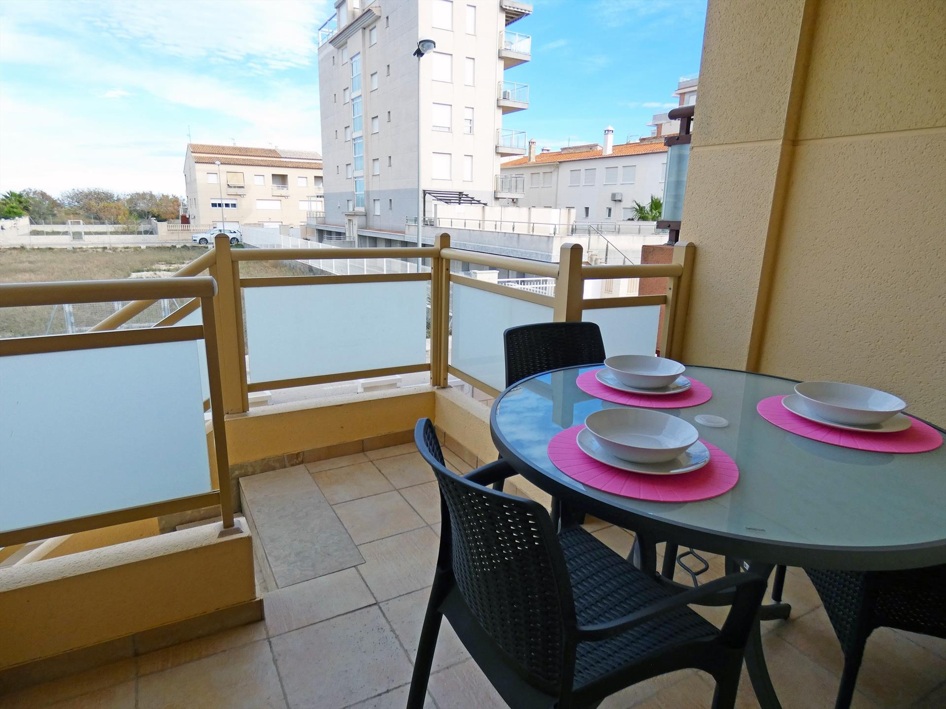 AP121 Avinyo Sector 5, Beautiful and cheerful apartment  with communal pool in Oliva, on the Costa Blanca, Spain for 6 persons.....