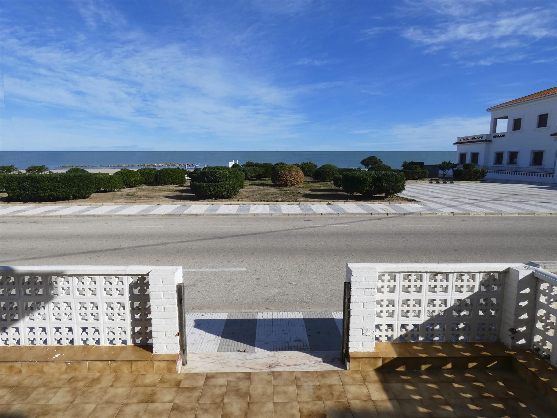 PB360 Alfonso Magnanimo Pau Pi,Apartamento clásico y acogedor en Oliva, en la Costa Blanca, España para 6 personas.....