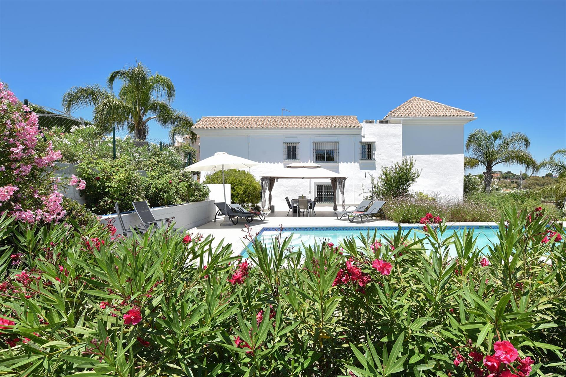Casa Vista Monte, Large and comfortable villa  with private pool in Coin, Andalusia, Spain for 8 persons.....
