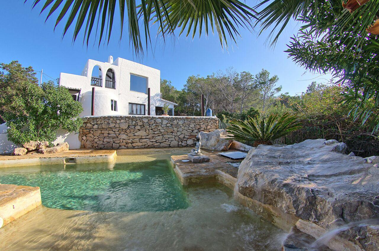 Rinco, Large and nice villa in Cala Gració, Ibiza, Spain  with private pool for 8 persons...