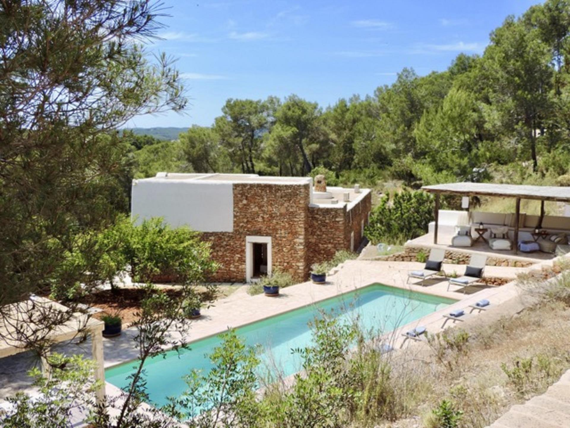 Sana, Rustic and comfortable villa in Santa Gertrudis, Ibiza, Spain  with private pool for 10 persons...