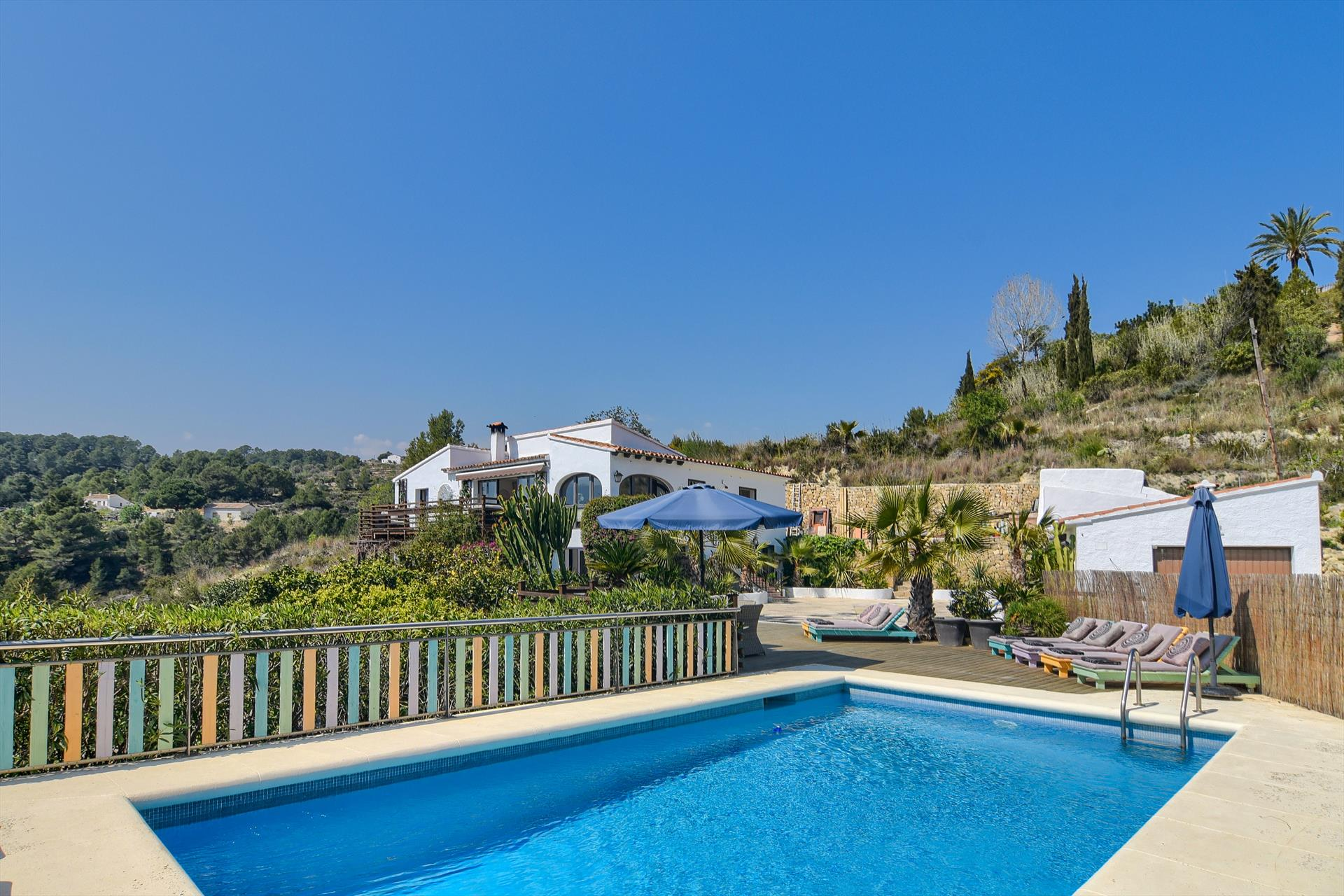 Oltavista, Large and comfortable villa in Benissa, on the Costa Blanca, Spain  with private pool for 20 persons...