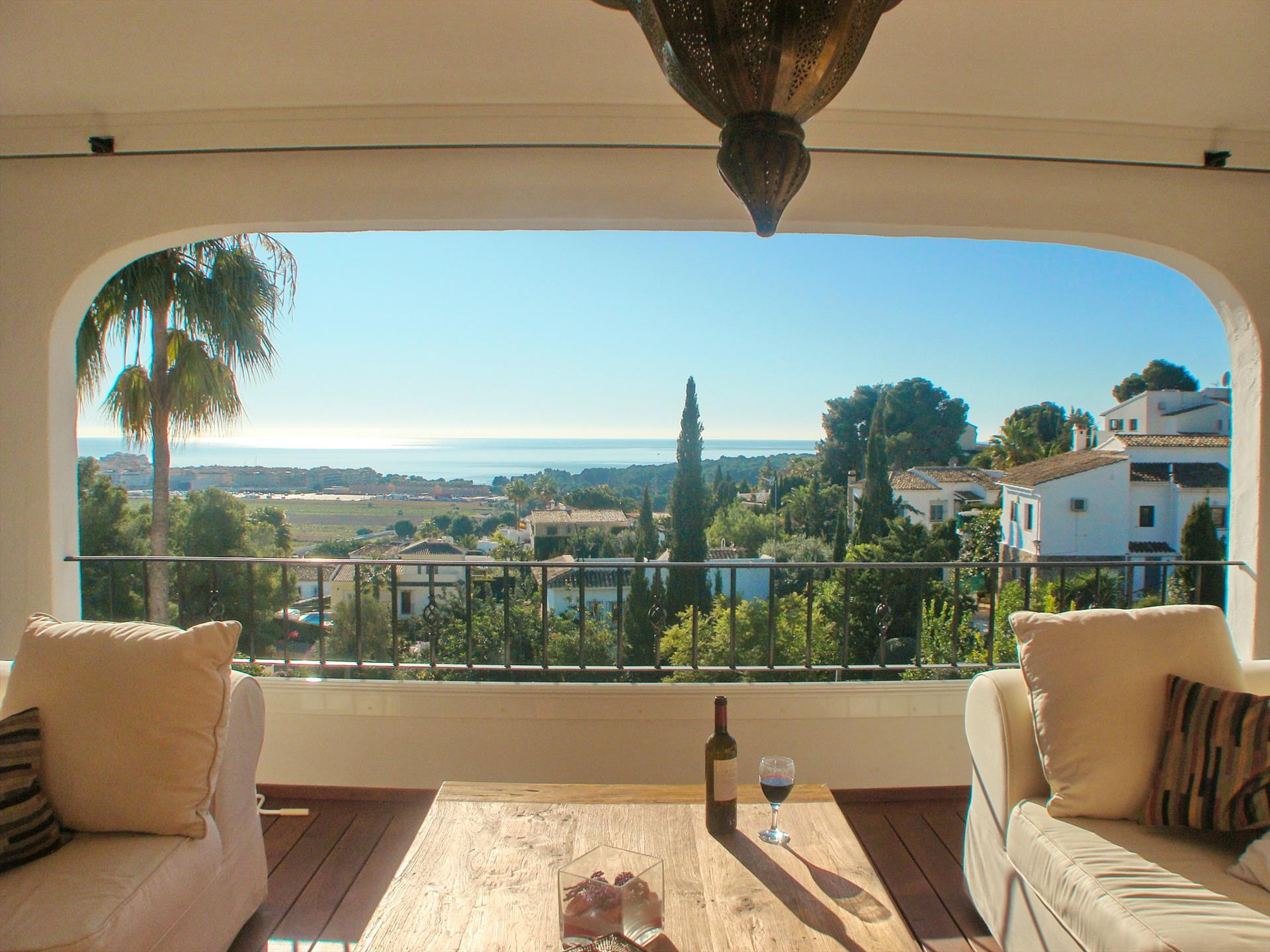 Villa Relax, Lovely and  luxury villa in Moraira, on the Costa Blanca, Spain  with private pool for 6 persons.....