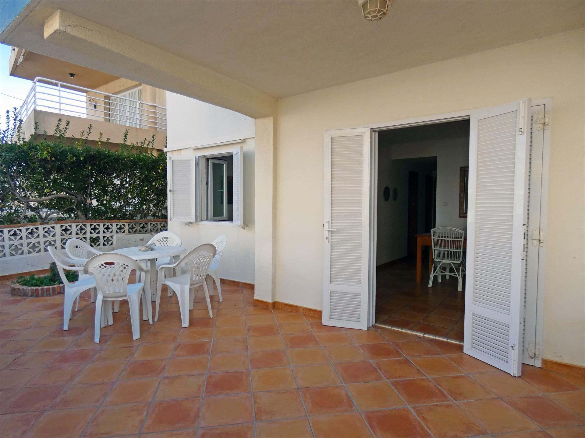 PB408 Pedro III Pau Pi,Apartamento bonito y acogedor en Oliva, en la Costa Blanca, España para 5 personas.....