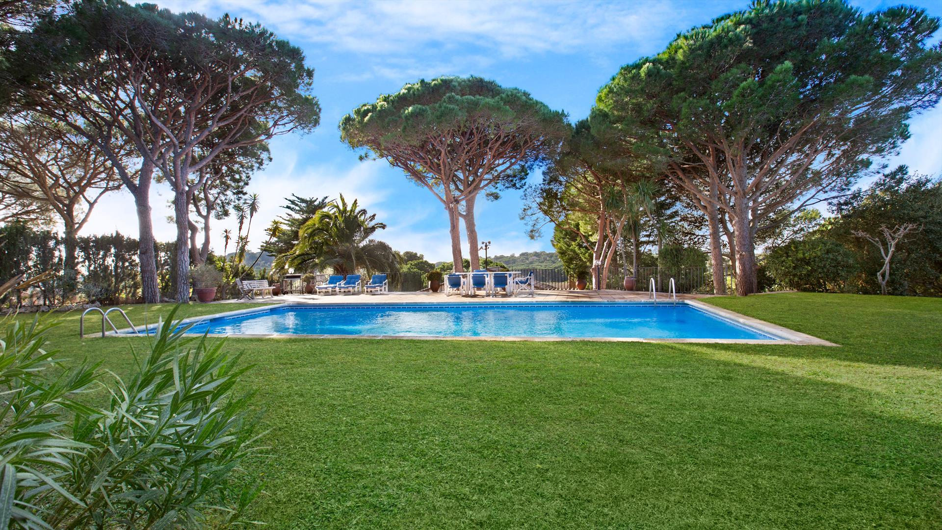 Villa morenita,Villa  with private pool in Llafranc, on the Costa Brava, Spain for 8 persons...