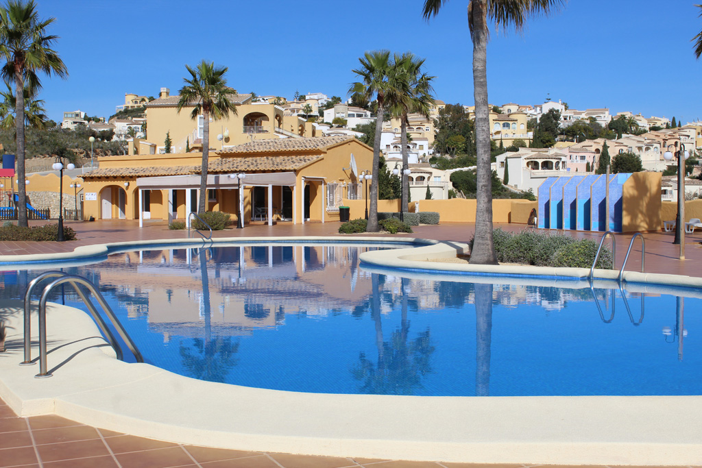 Apartamento Montecala LT,Lovely and cheerful apartment in Benitachell, on the Costa Blanca, Spain  with communal pool for 4 persons.....