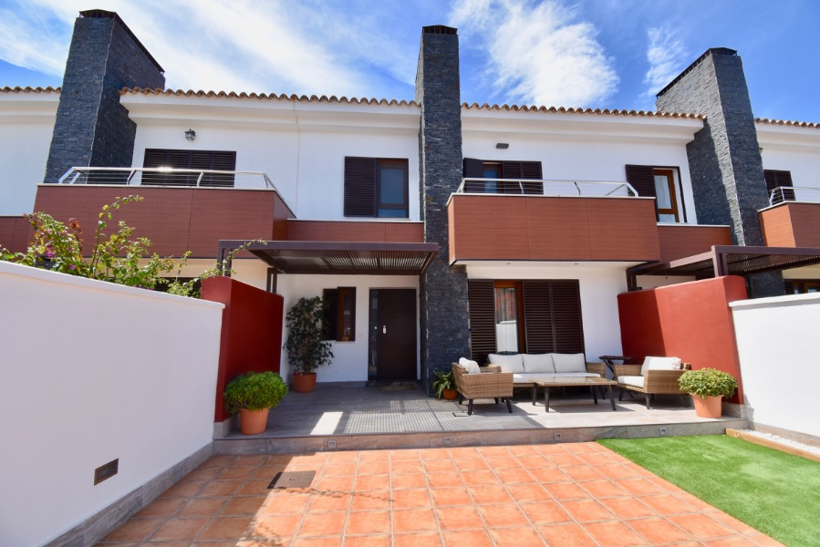 Doñana, Modern and comfortable house in Chiclana de la Frontera, Andalusia, Spain for 4 persons.....