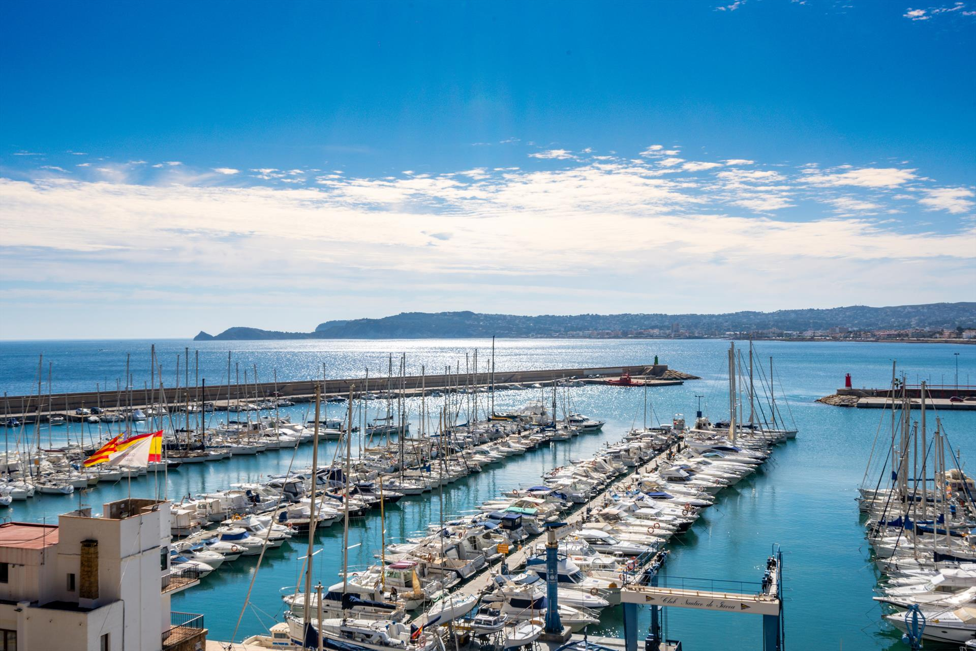 Puerto Paraiso, Beautiful and romantic villa  with private pool in Javea, on the Costa Blanca, Spain for 8 persons...