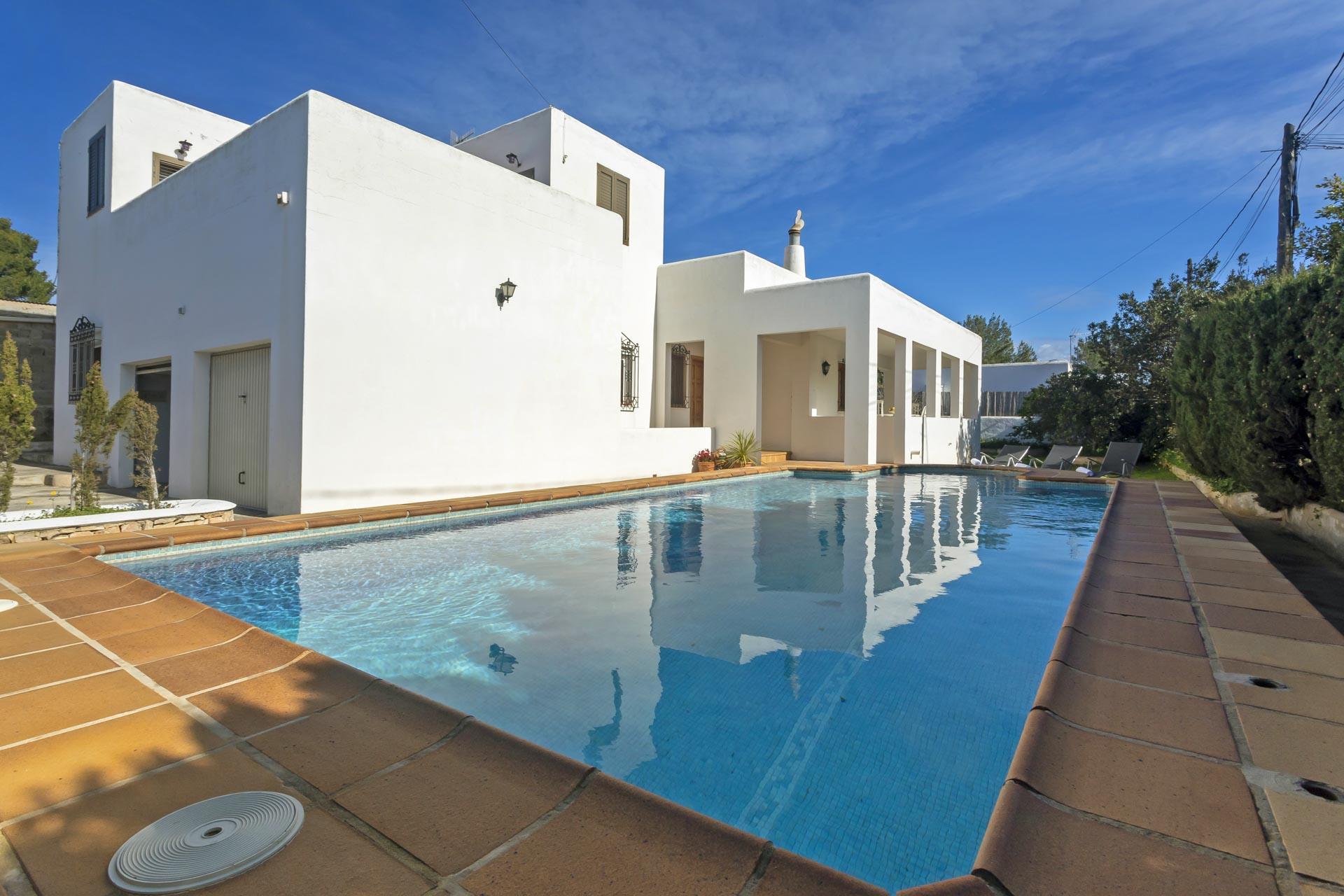 Casa Nana,Villa in San Antonio, op Ibiza, Spanje  met privé zwembad voor 8 personen...