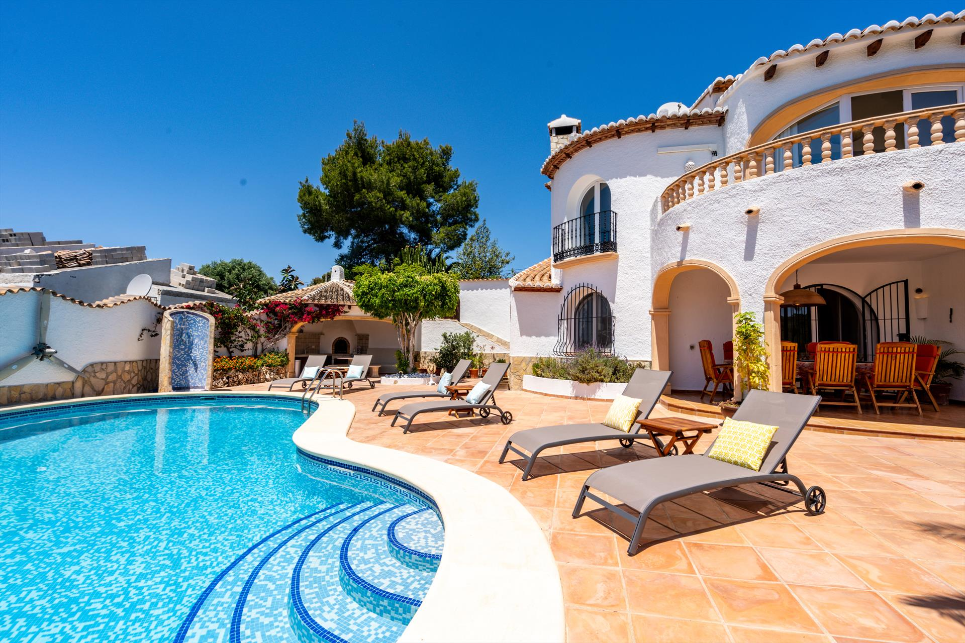 Entre Mar y Tierra 4 pax, Large and nice villa in Javea, on the Costa Blanca, Spain  with private pool for 4 persons...